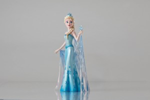 Enesco Frozen figurine